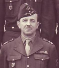 portrait colonel gentien